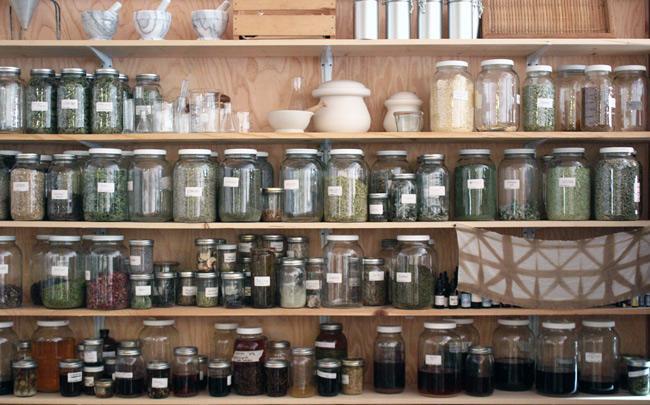 portland-apothecary-jars